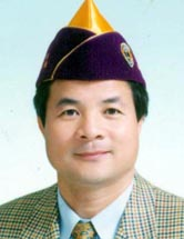 委員會主席 陳鐘奇