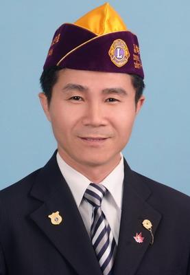 教育委員會主席 黃敦暉