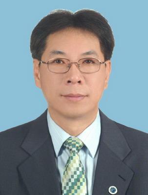 前任會長 李培坦